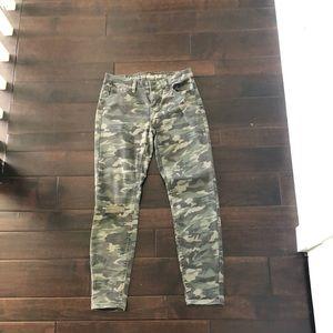 Vanilla Star Mid Rise Skinny Camo Jeans